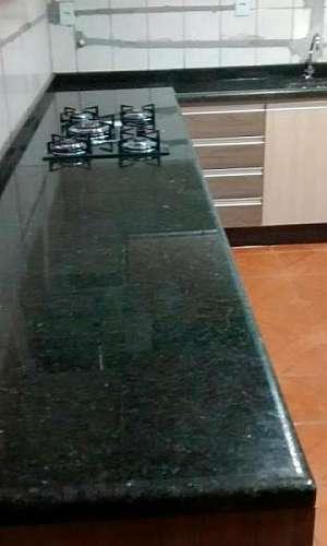 Pedra de mármore verde Ubatuba